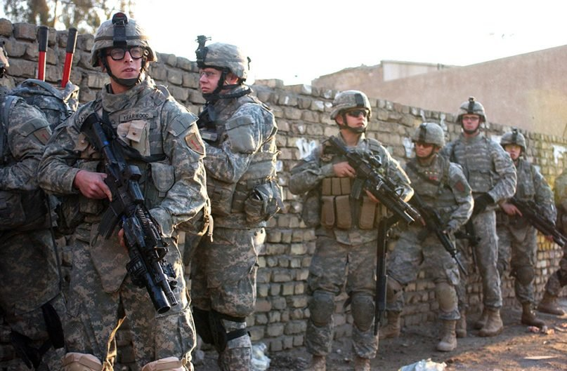 U.S. Army Soldiers from Charlie Company, 1st Battalion, 26th Infantry Regiment, 2nd Brigade Combat Team, 1st Infantry Division perform a cordon and search operation in Al Adhamiya, Iraq, Feb. 21, 2007. (U.S. Army photo by Sgt. Jeffrey Alexander/Creative Commons)