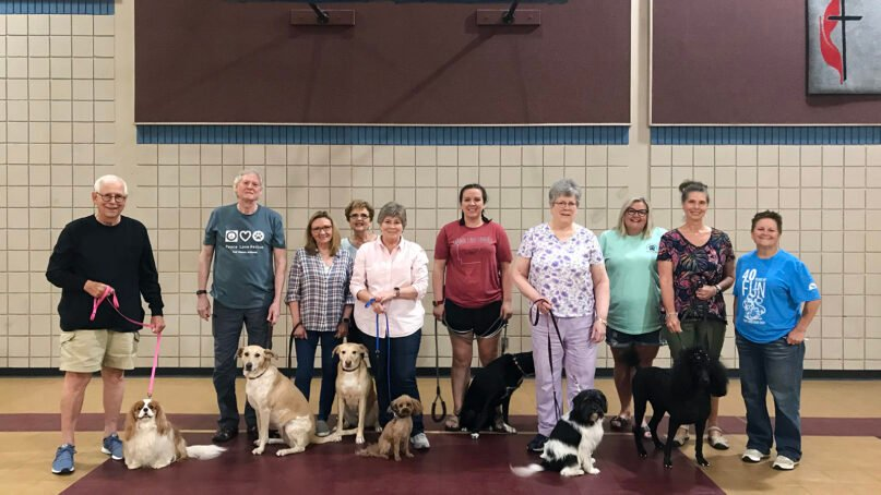 Pinnacle View United Methodist Church in Little Rock, Arkansas, has a Community Pet Ministry and hosts therapy dog training. Photo by Gayle Fiser