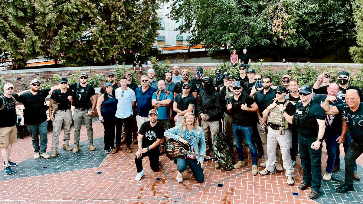 Hate watch groups voice alarm about Sean Feucht's Portland security volunteers thumbnail