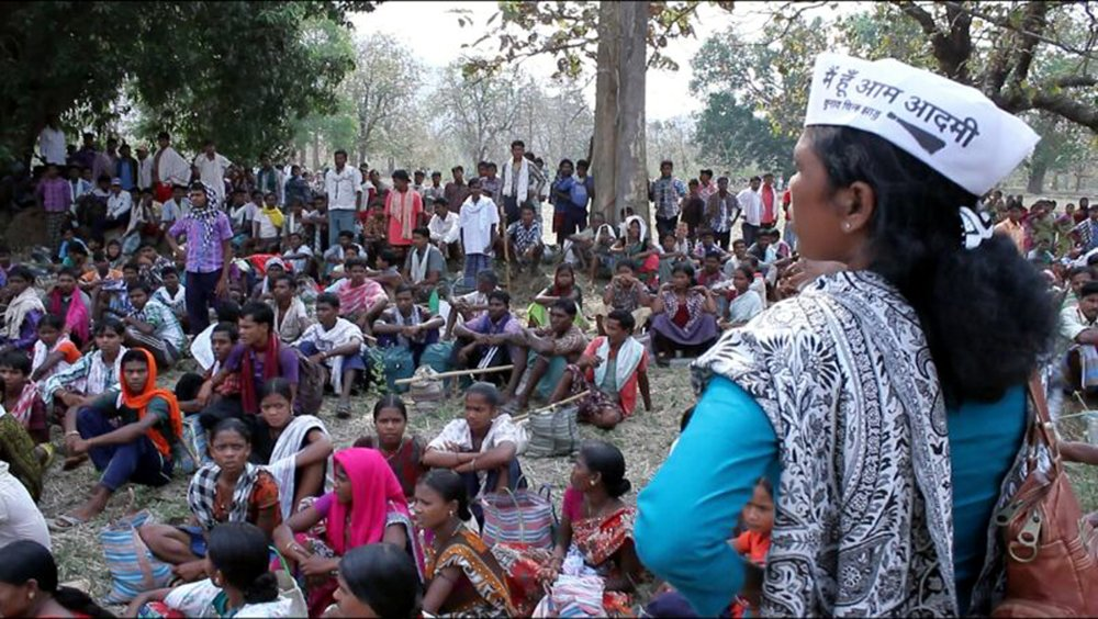 Tribal activist Soni Sori, right, at a campaign to assert the rights of indigenous people to land, forests and water in Bastar district, Chhattisgarh, India. Photo courtesy of Outlook India