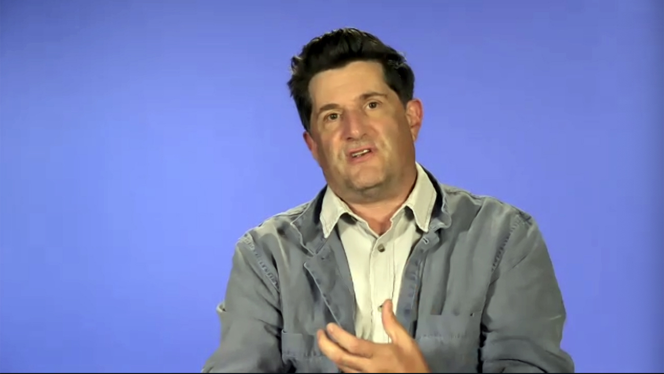 """Director Michael Showalter talks about """"The Eyes of Tammy Faye."""" Video screengrab"""