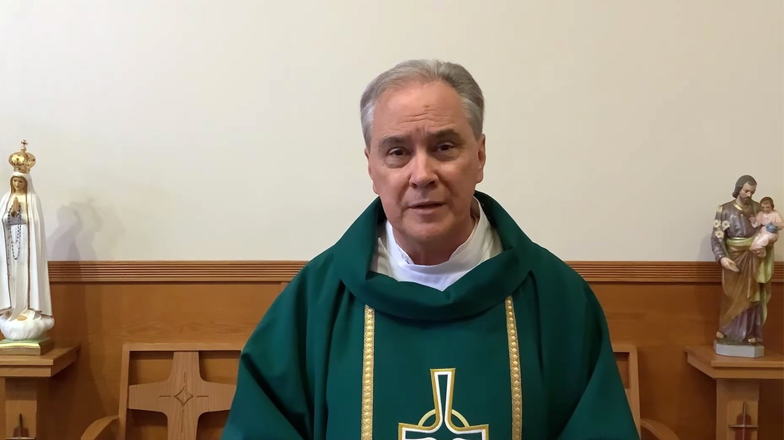 Monsignor Jim Lisante delivers a sermon during a July 2021 Mass at Our Lady of Lourdes Church in Massapequa Park, New York. Video screengrab