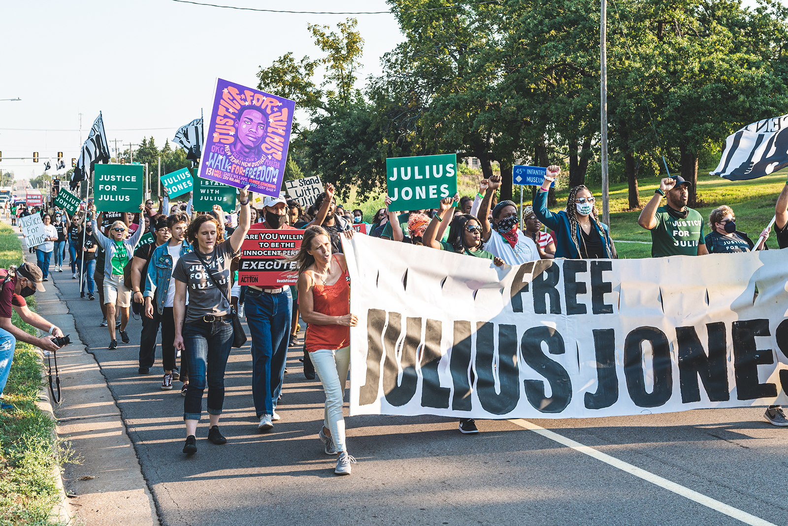 Demonstrators participate in a Justice for Julius Jones Commutation Hearing Rally in Oklahoma City, Oklahoma, Monday, Sept. 13, 2021. Photo courtesy of Ben Ehrlich Creative