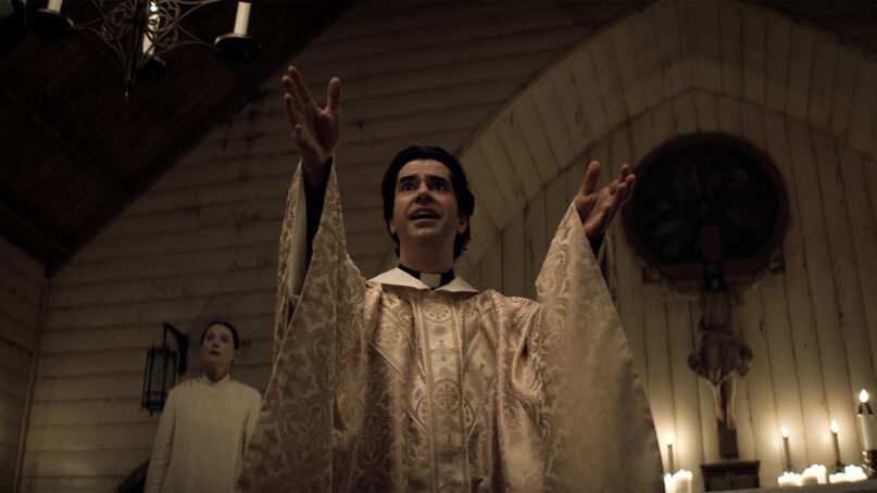 """Actor Hamish Linklater as Father Paul in """"Midnight Mass."""" Photo courtesy of Netflix © 2021"""