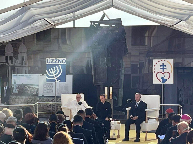 Pope Francis, left, meets with the Jewish community during his recent trip to Slovakia. Photo by Vatican press pool