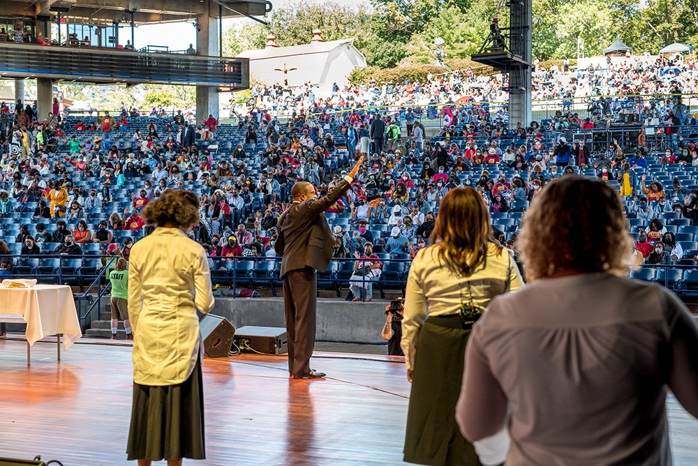 The Rev. Howard-John Wesley, center, addresses an Alfred Street Baptist Church service at Maryland's Merriweather Post Pavilion, Sunday, Sept. 26, 2021. Photo courtesy of Alfred Street Baptist Church